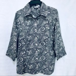 3/4 sleeve button front paisley print blouse.
